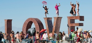 HIDI-68-Larry-Harvey-Burning-Man-pan_18065